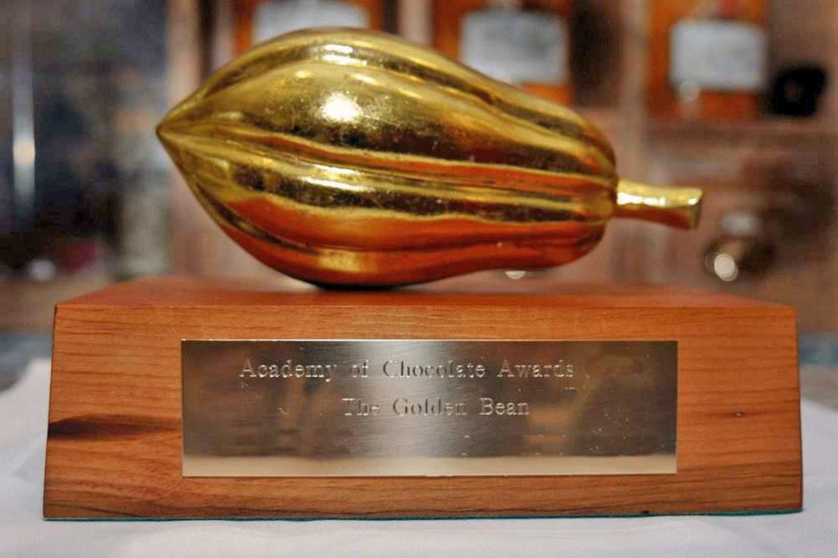 Cena akademie: Bronzový bob /// Bronze beans